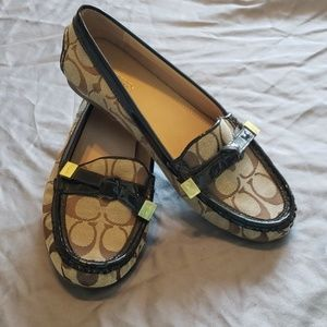 NEW Coach brown and tan flats